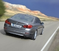 Heckansicht des neuen 5er BMW (Foto: BMW)