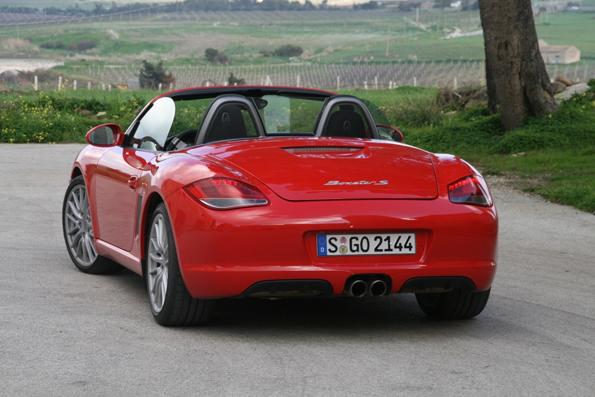 Heckansicht des neuen Porsche Boxster (Foto: United Pictures)