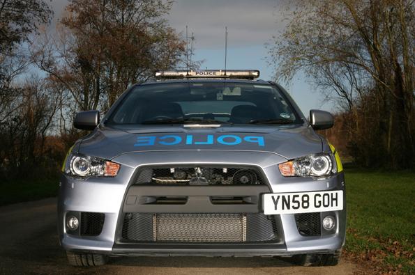Mitsubishi Evo im Polizeieinsatz (Foto: Mitsubishi)