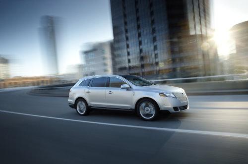 Lincoln MKT: Edel-Crossover mit großem Platzangebot und geringem Verbrauch (Foto: Ford)