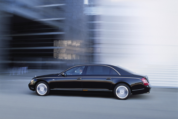 Ideal für den Chauffeurbetrieb: der Maybach 62 S (Foto: Maybach)