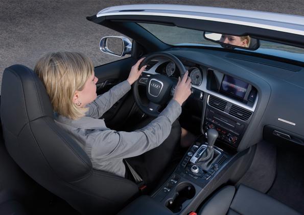 Der Innenraum des Audi S5 - gute Ergonomie etwas versportlicht (Foto: Audi)