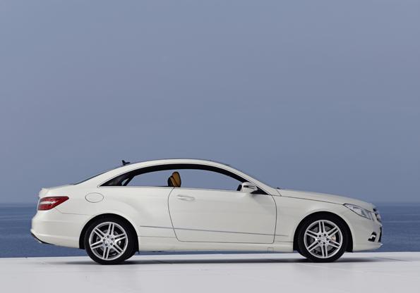 Hohe Gürtellinie beim (Foto: Mercedes-Benz)