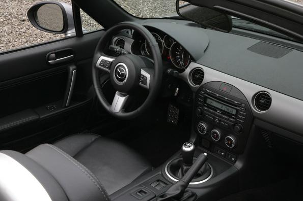 Wertiger Eindruck: das Interieur des neuen mazda MX-5 (Foto: auto-Reporter/Mazda)
