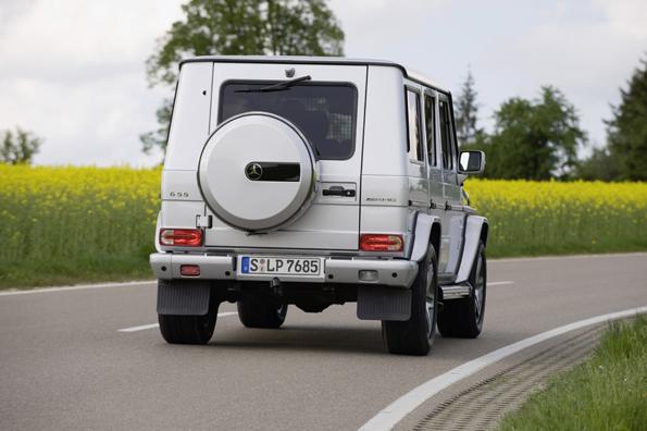 Bulliger Auftritt: Die aktuelle G-Klasse (Foto: Mercedes-Benz)