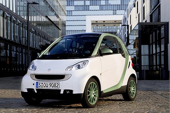 In der Elektroversion spielt der Smart die Vorteile als energiesparender Cityflitzer voll aus (Foto: smart)