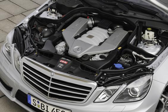 Der AMG 6,3-Liter-V8-Motor (Foto: Daimler AG)