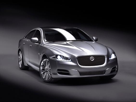 Der neue Jaguar XJ in der FRontansicht (Foto: Jaguar)
