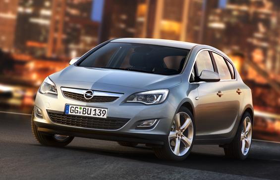 Opel zeiogt den neuen Opel Astra als Weltpremiere auf der IAA 2009 (Foto: Opel)