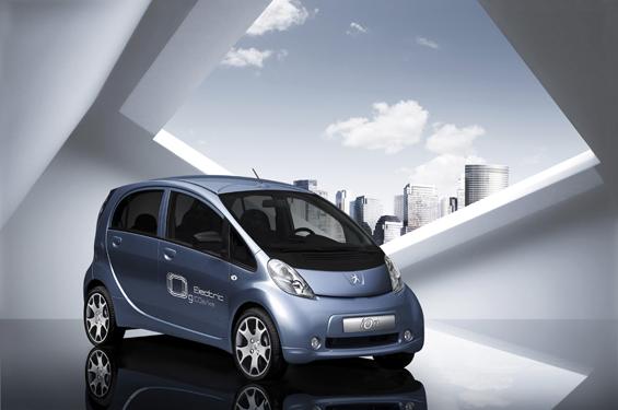 Der Peugeot iOn ist das Elektrofahrzeug für den Stadtverkehr (Foto: Peugeot)