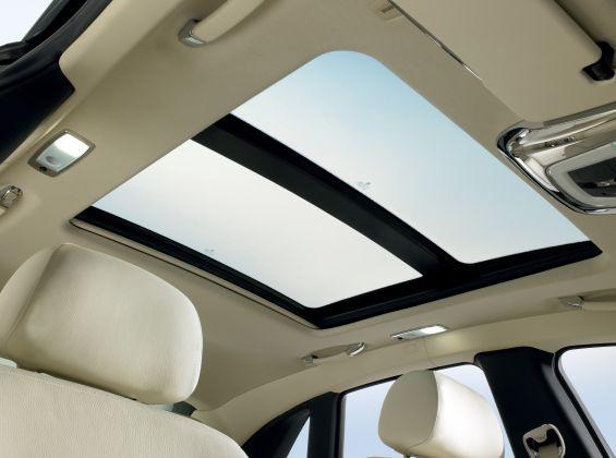 Panorama Glasdach im Ghost (Foto: Rolls Royce)