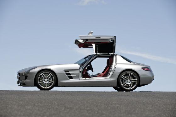 Jetzt auch mit geöffneten Türen (Foto: Daimler)