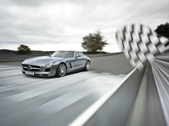 Ab Montag bestellbar: Der Mercedes-Benz SLS AMG (Foto: Daimler)