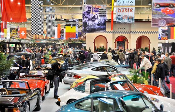 Das übliche, charmante Durcheinander gibts nur auf der Motorshow (Foto: Rainer Schimm/Messe Essen)