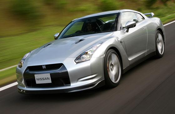 Der 485 PS starke 3,8-Liter-V6 Bi-turbo des Nissan GT-R ist nun auch nach Euro 5 zertifiziert (Foto: Nissan)