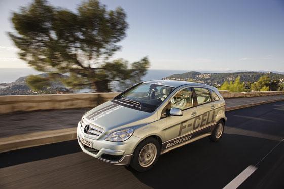 Im Frühjahr 2010 kommen die ersten F-Cell B-Klassen von Mercedes auf die Straßen (Foto: Daimler)