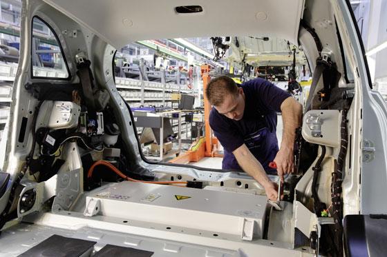 Produktion der B-Klasse F-Cell in Rastatt (Foto: Daimler)
