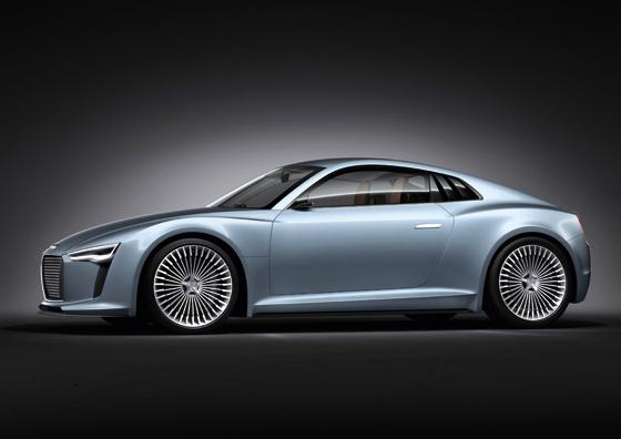 Schönes Sportcoupé mit Elektroantrieb: die Studie für Detroit Audi e-tron (Foto: Audi)