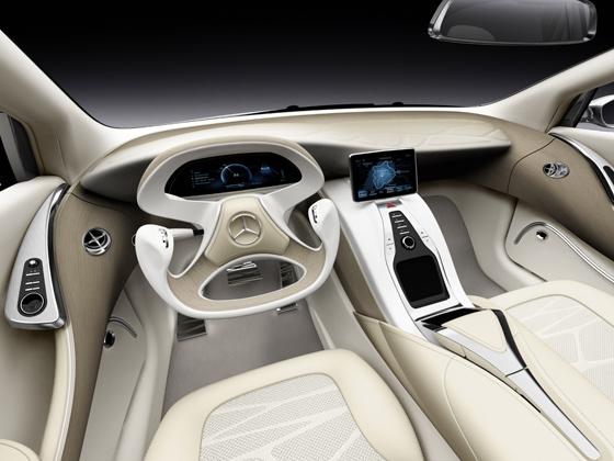 Mercedes-Benz F 800 Style - Cockpit des F 800 Style (Foto: Daimler)