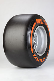Die harte Mischung ist nun an der Seitenwand Orange statt Silbern gekennzeichnet. Foto: Pirelli