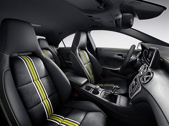 Mercedes CLA Edition 1 mit speziellen Sitzbezügen. Foto: Daimler