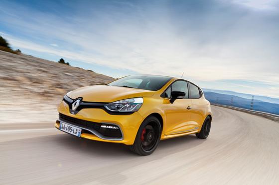 Der neue Renault Clio R.S. fährt deutlich sparsamer als der Vorgänger, 200 PS für 1200 Kilo werden trotzdem viel Spaß machen. Foto: Renault.