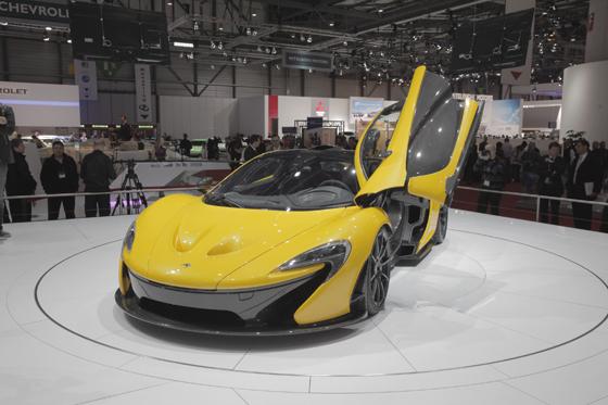 Über 900 PS im neuen McLaren P1. Foto: Alcantara.