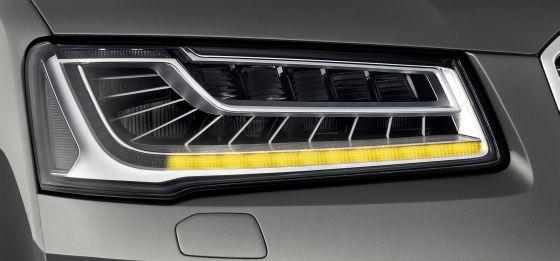 Im neuen Audi A8 sorgt ein neuartiges Lichtkonzept für mehr Verkehrssicherheit. (Foto: Audi)