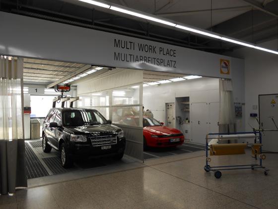 In der Versuchswerkstatt von Glasurit in Münster herrschen beste Arbeitsbedingungen für einwandfreie Ergebnisse. Foto: LD